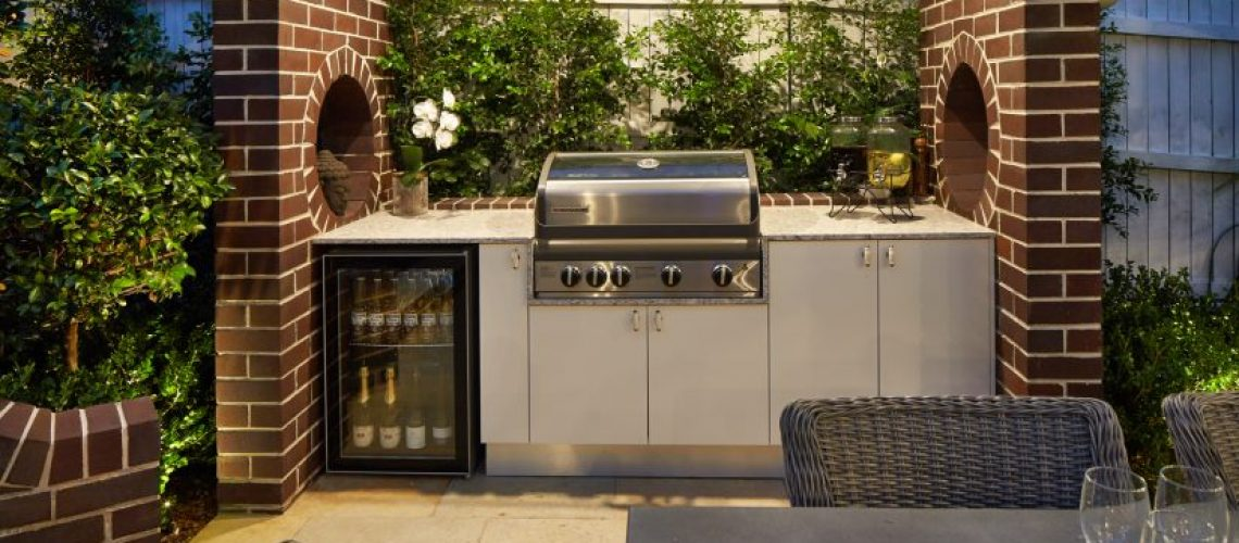 Outdoor Kitchen and Garden Landscape Design by Scenic Blue